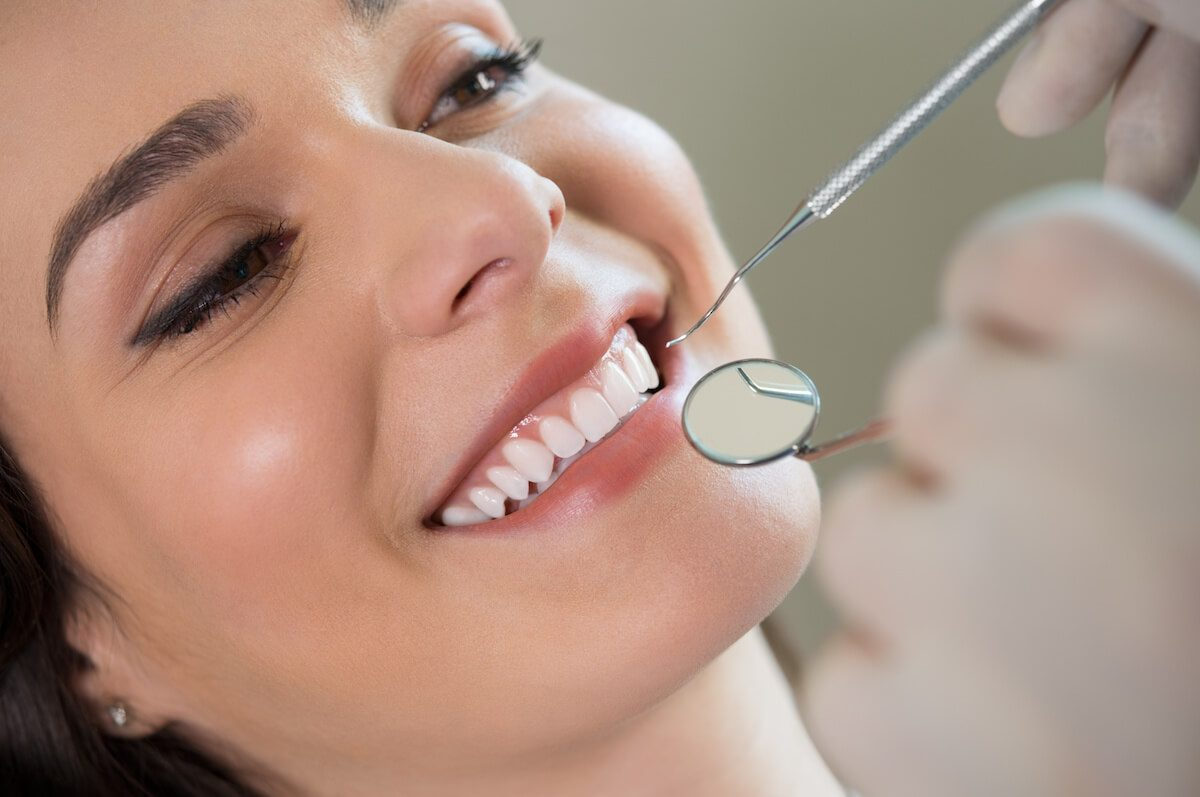 Veneers vs. Crowns: What's the Difference?
